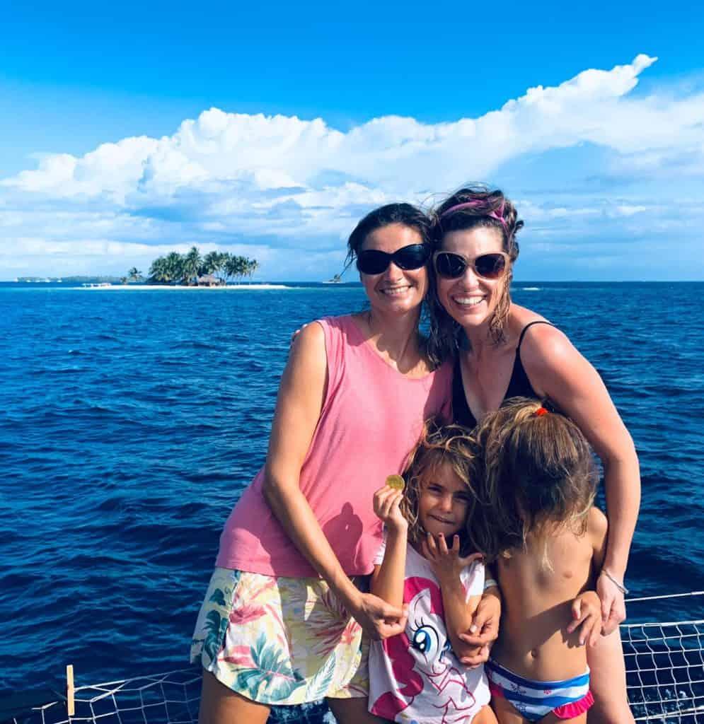 Posando en una de las 340 islas de San Blas.