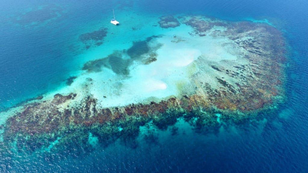 Uno de los muchos arrecifes de San Blas.