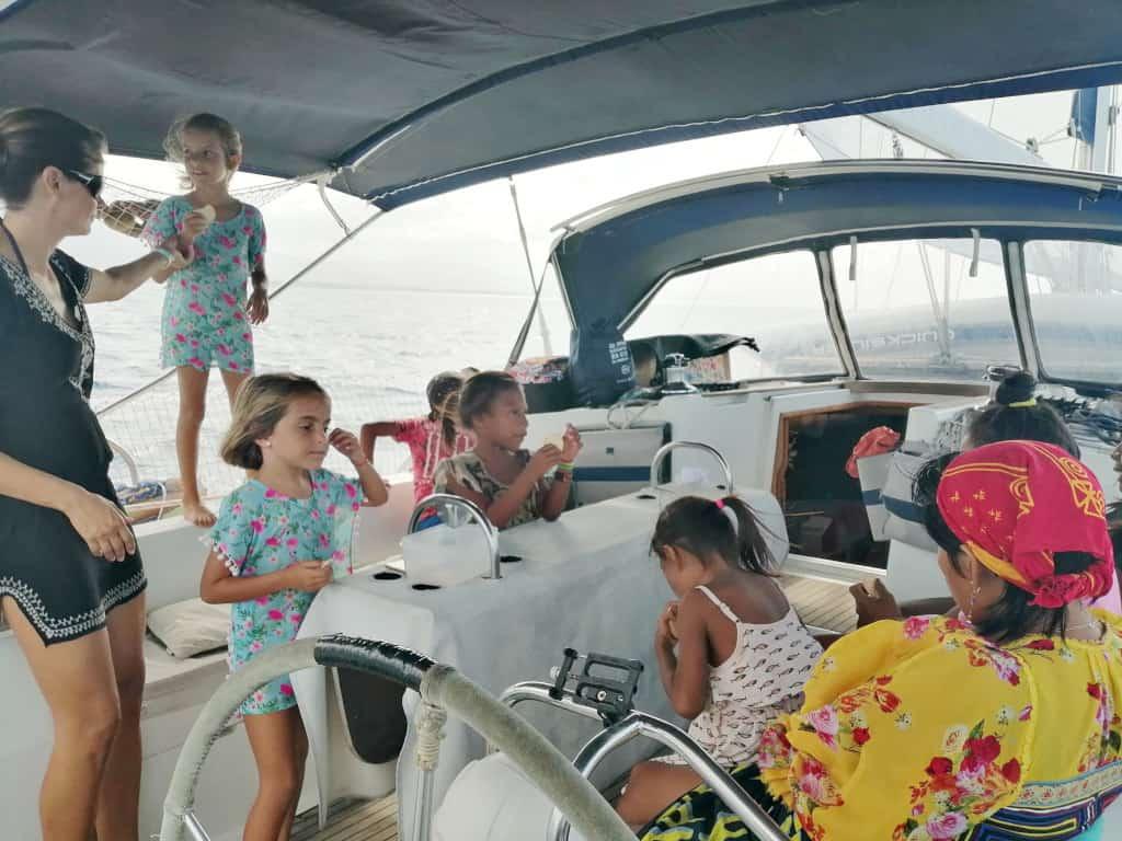 Navegando Rumbo a Rio Sidra.
